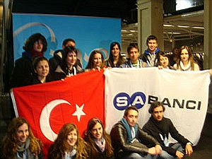 one_young_world_sabanci_holding_turk_delegasyonu_800x600.jpg