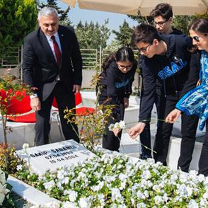 Sakıp Sabancı was remembered at his grave on the 14th anniversary of his death